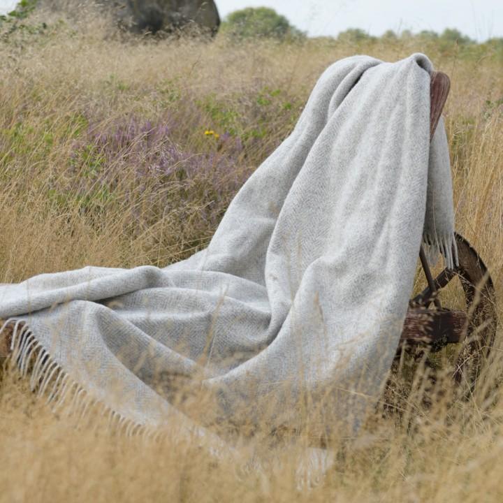 Wolldecke aus unbehandelter Schurwolle